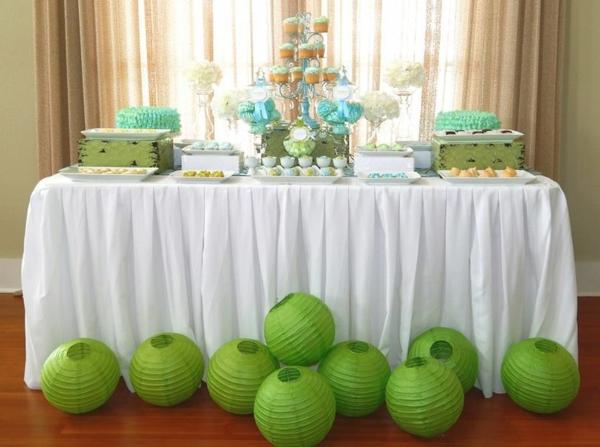 decoration-de-bapteme--avec-vert