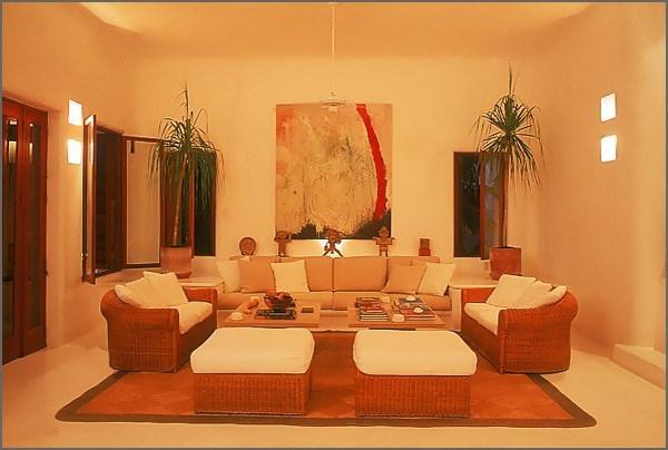 La salle de s jour en beige for Decoration de salle de sejour