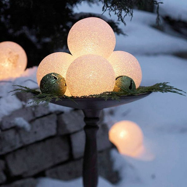 diy-outdoor-christmas-decorations-landscaping-ideas-for-front-yard-resized