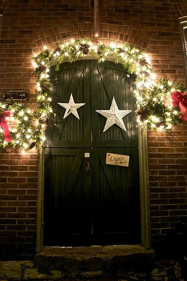 endearing-outdoor-christmas-decorations-resized