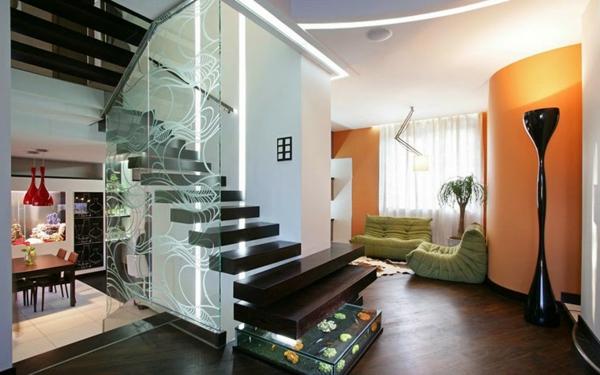 escalier-flottant-et-un-aquarium
