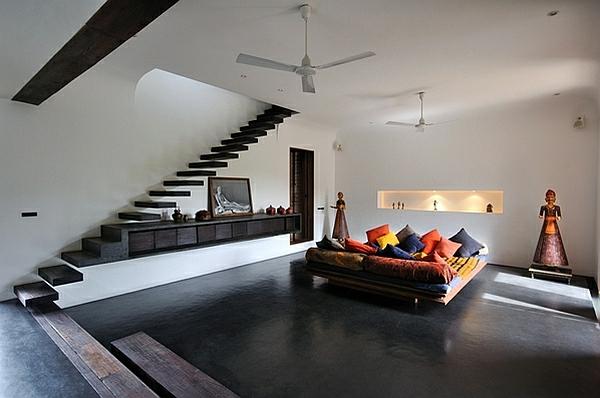 escalier-flottant-intérieur-ethnique