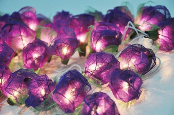 guirlande-lumineuse-d' extérieur-ballons-pourpres