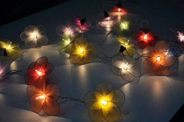 guirlande-lumineuse-d' extérieur-jolies-lumières-décoratives