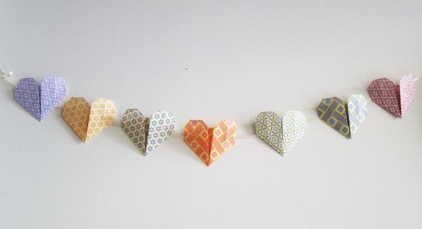 guirlande-origami-coeurs-en-papier