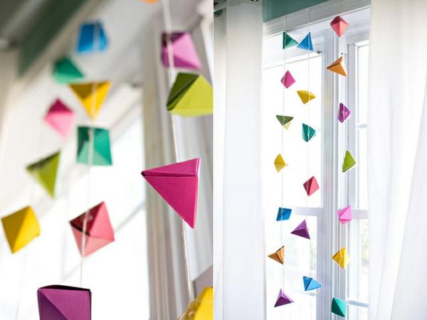 Guirlande Origami Chambre Bebe Guirlande De Robes En Origami Chambre Du Enfant B Par L