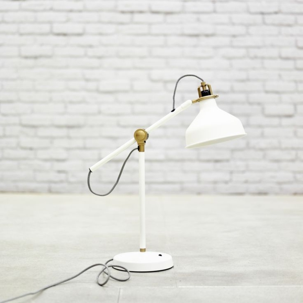 La lampe de bureau ikea est le bijou de votre bureau - Lampe de bureau blanche ...