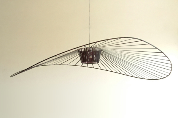suspension-vertigo-lampe-légère