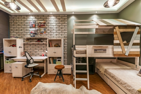 lit-mezzanine-et-bureau--en-bois