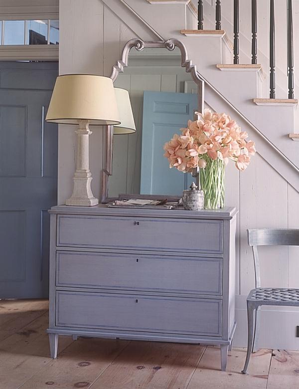 meuble-console-d' entrée-fleurs-décoratives