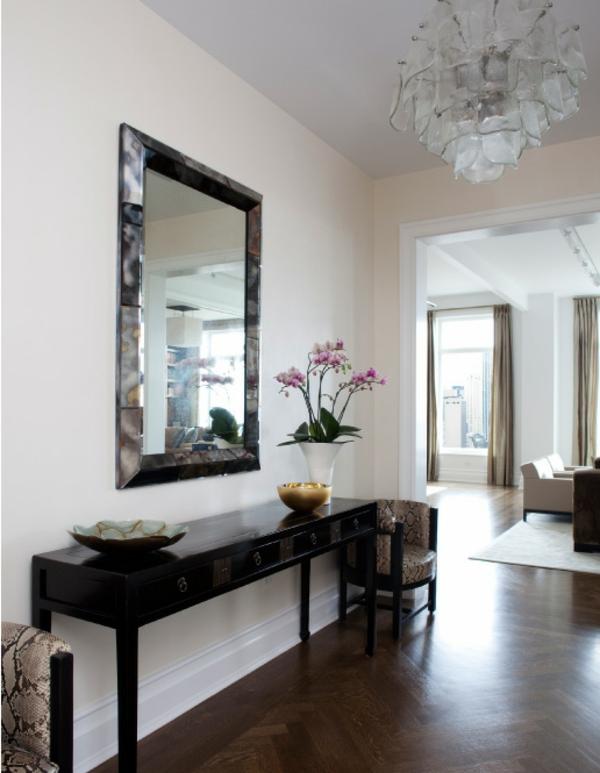 meuble-console-d' entrée-en-bois-et-miroir-rectangulaire
