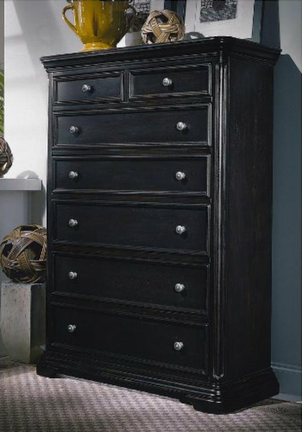 Diff rents designs du meuble semainier for L or du temps meuble