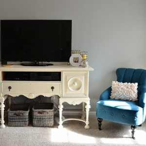 Meuble tv vintage - le manque de luxe est parfois le luxe même