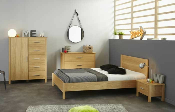meubles-parisot-un-rond-miroir-et-lettres-décoratives