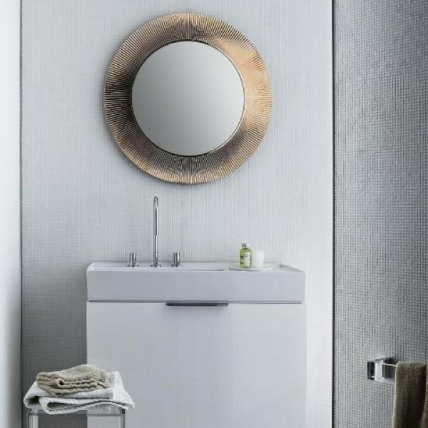 miroir-kartell-dans-la-salle-de-bains