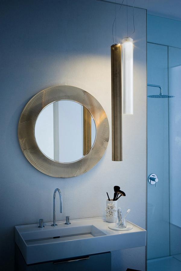 Design miroir rond dans wc creteil 36 miroir for Miroir wc design