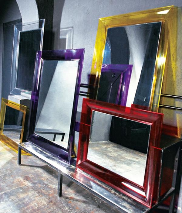 Le miroir kartell beaut et style original for Miroir kartell