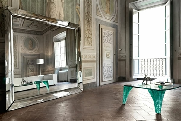 Le miroir kartell beaut et style original for Miroir mural grand