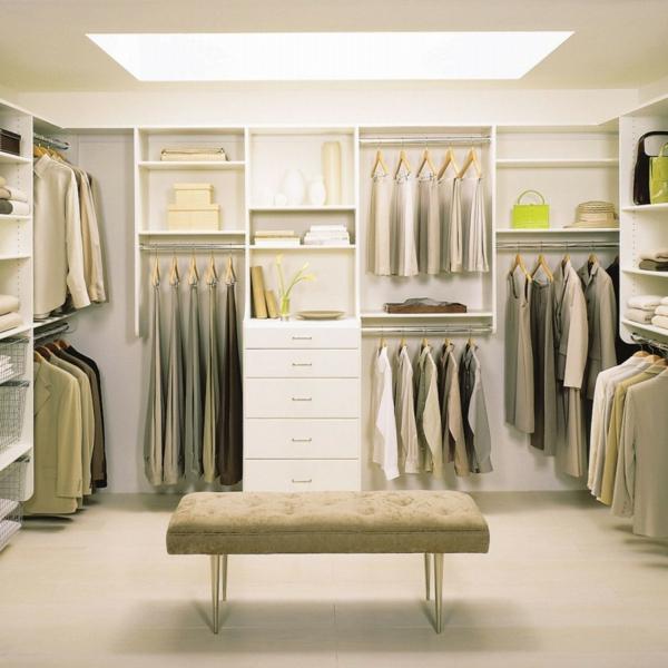 neutre-et-blanc-couleurs-pour-la-chambre-armoire