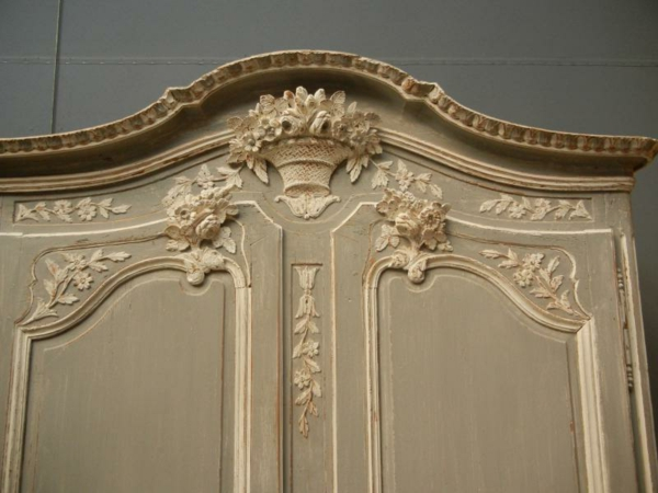 original-armoire-normande-en-ivoire