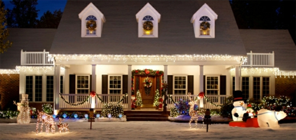outdoor-christmas-decorating-ideas (1)-resized