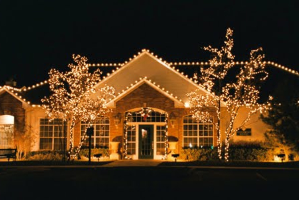 outdoor-christmas-decorations(11)-resized