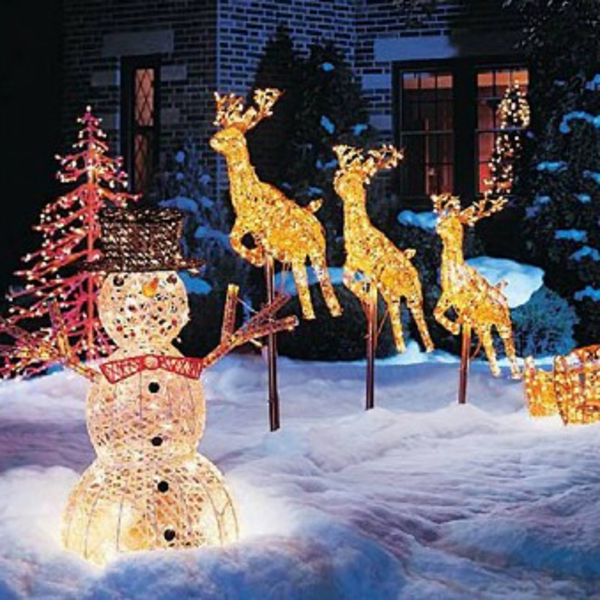 outdoor-christmas-decorations(12)-resized