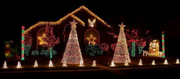 outdoor-christmas-light-ideas-2-resized