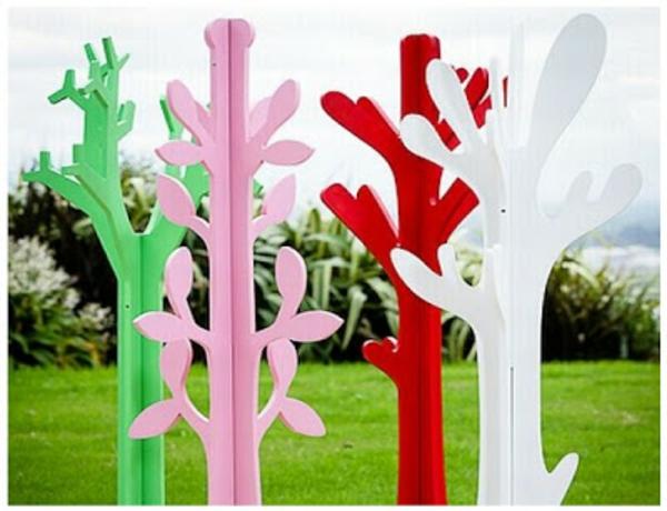 porte-manteau-arbre-designs-colorés