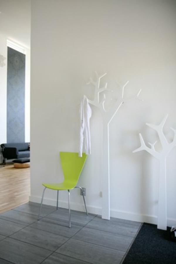 porte-manteau-arbre-deux-arbres-blancs-décoratifs