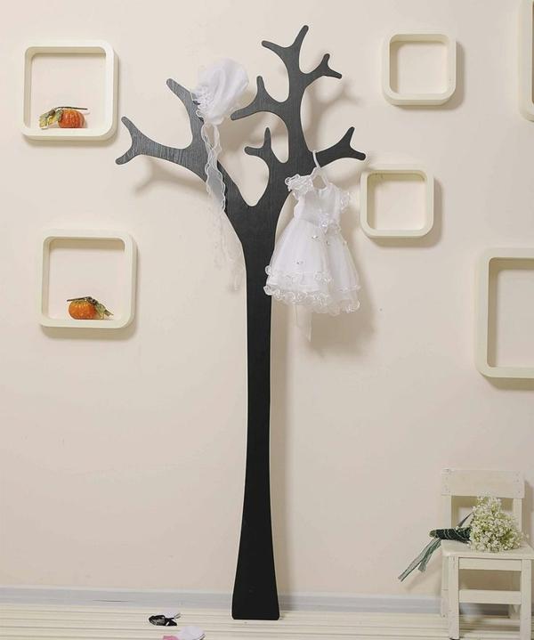 porte-manteau-arbre-noir-et-déco-murale-créative