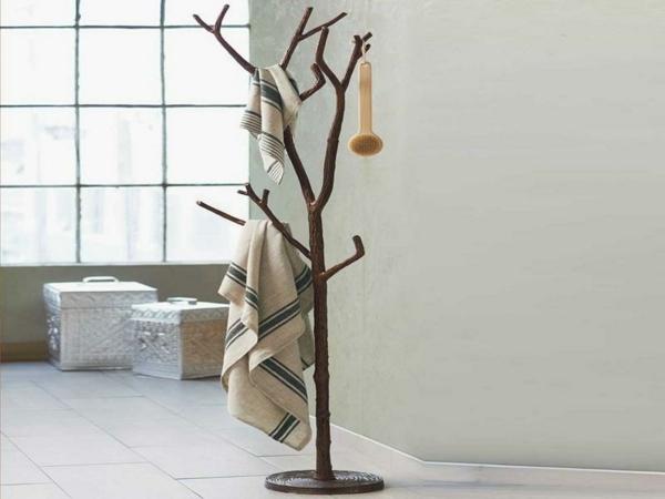 le porte manteau arbre ajoute une touche d co votre. Black Bedroom Furniture Sets. Home Design Ideas
