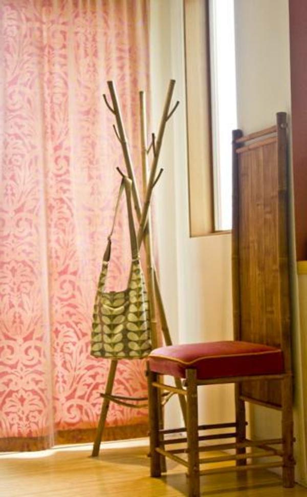 le porte manteau arbre ajoute une touche d co votre int rieur. Black Bedroom Furniture Sets. Home Design Ideas