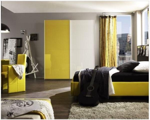 porte-placard-coulissante-jaune