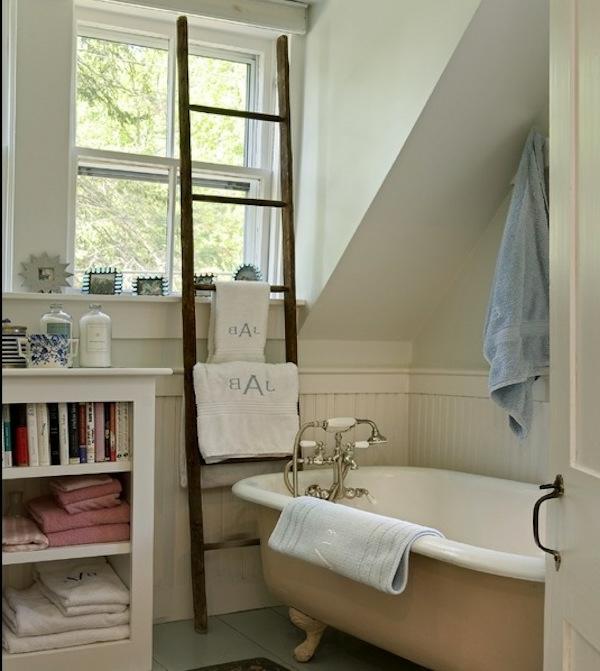 porte-serviette-de-salle-de-bain-baignoire-sabot