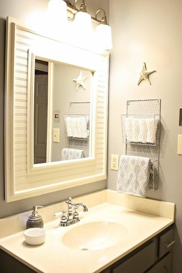 porte-serviette-de-salle-de-bain-mural