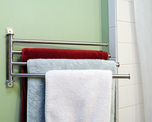 Le porte serviette de salle de bain for Porte serviette en teck