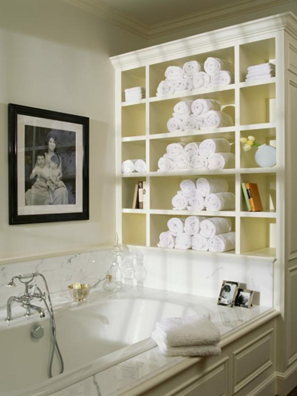 porte-serviette-de-salle-de-bain-un-meuble-blanc