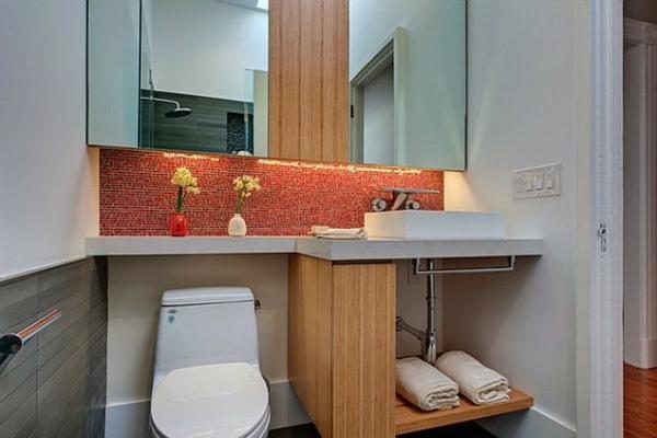 porte-serviette-de-salle-de-bain-un-porte-serviette-en-bois