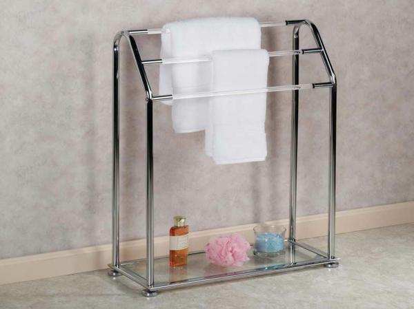porte-serviette-de-salle-de-bain-un-rangement-pratique