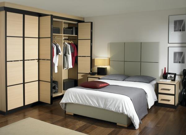 Les portes de placard pliantes pour un rangement joli et moderne - Rangement placard chambre ...