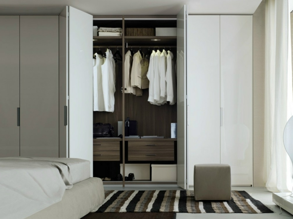 portes-de-placard-pliantes-blanches