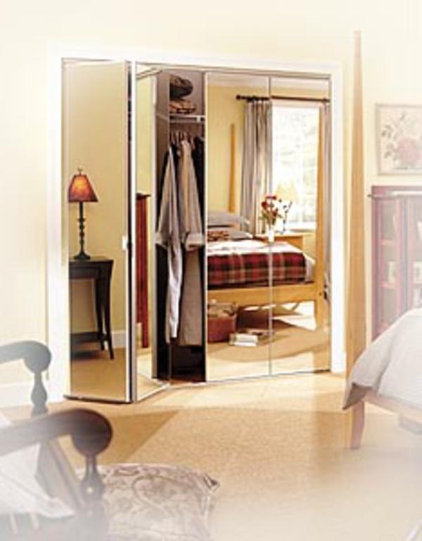 Porte placard pliante miroir for Placard miroir salle de bain