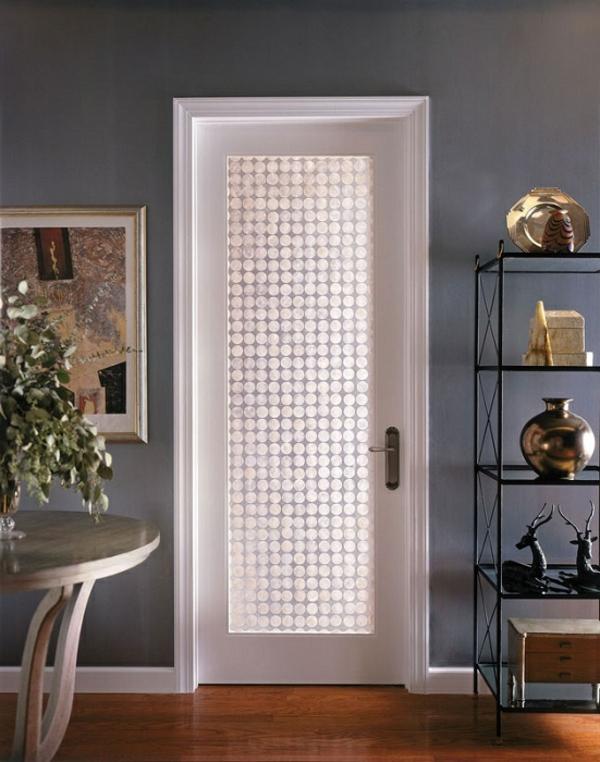 Les portes int rieures vitr es laissons les int rieurs for Deco sur porte interieur