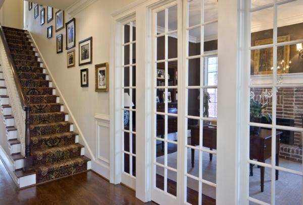 portes-intérieures-vitrées-un-escalier