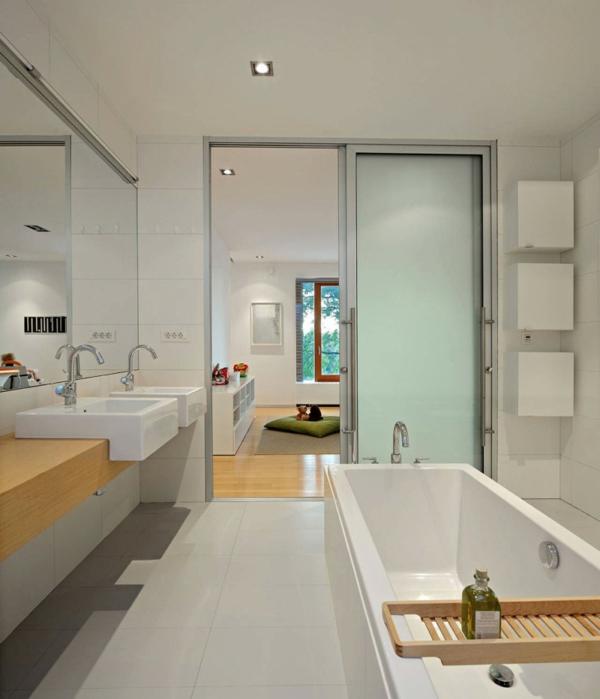 La salle de bain schmidt beaut et innovations for Porte coulissante pour petite salle de bain
