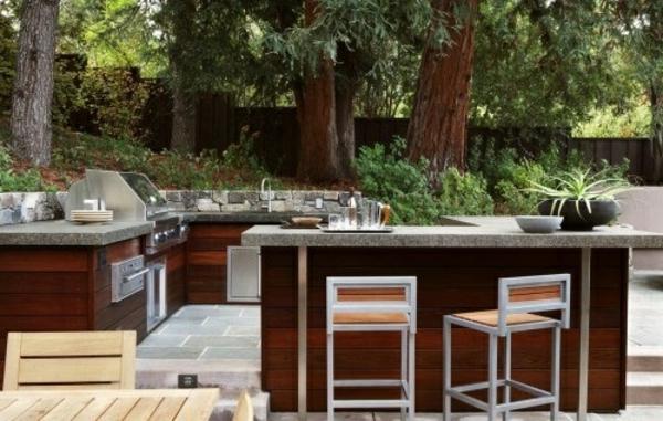 salon-de-jardin-en-teck-une-cuisine-d'extérieur
