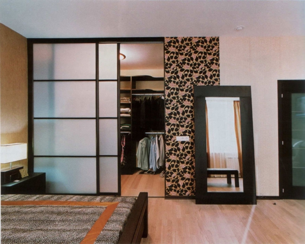 special-inspiration-contemporary-sliding-closet-door