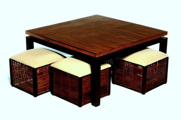 table-basse-avec-pouf-une-table-marronne-rectangulaire