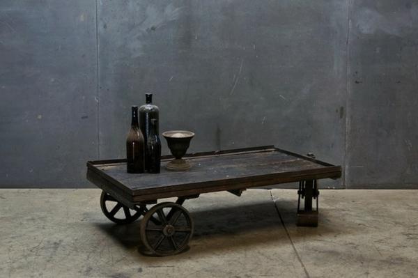 table-basse-industrielle-apiètement-original